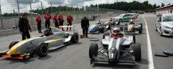 Testa På Att Bli Racerförare Med Denna Snabba Present